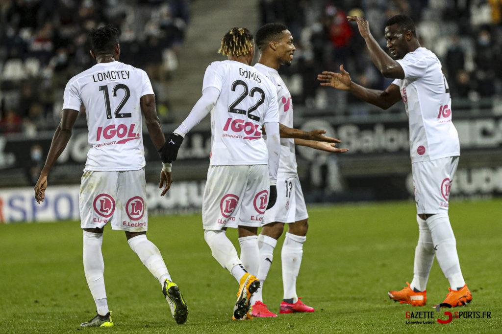 Football Ligue 2 Amiens Vs Grenoble 0069 Leandre Leber Gazettesports