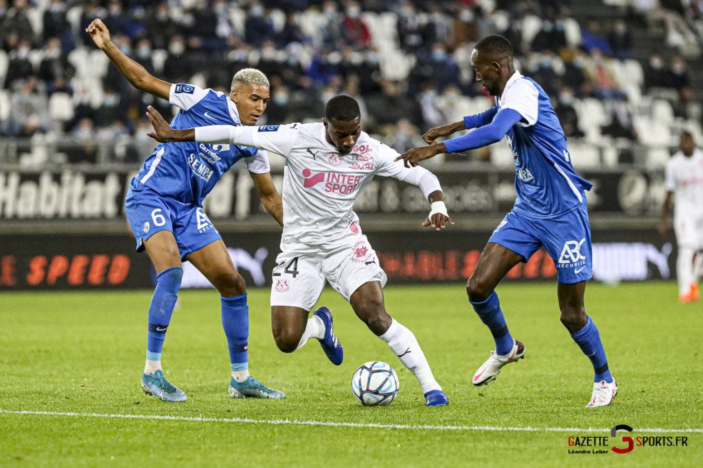 Football Ligue 2 Amiens Vs Grenoble 0070 Leandre Leber Gazettesports