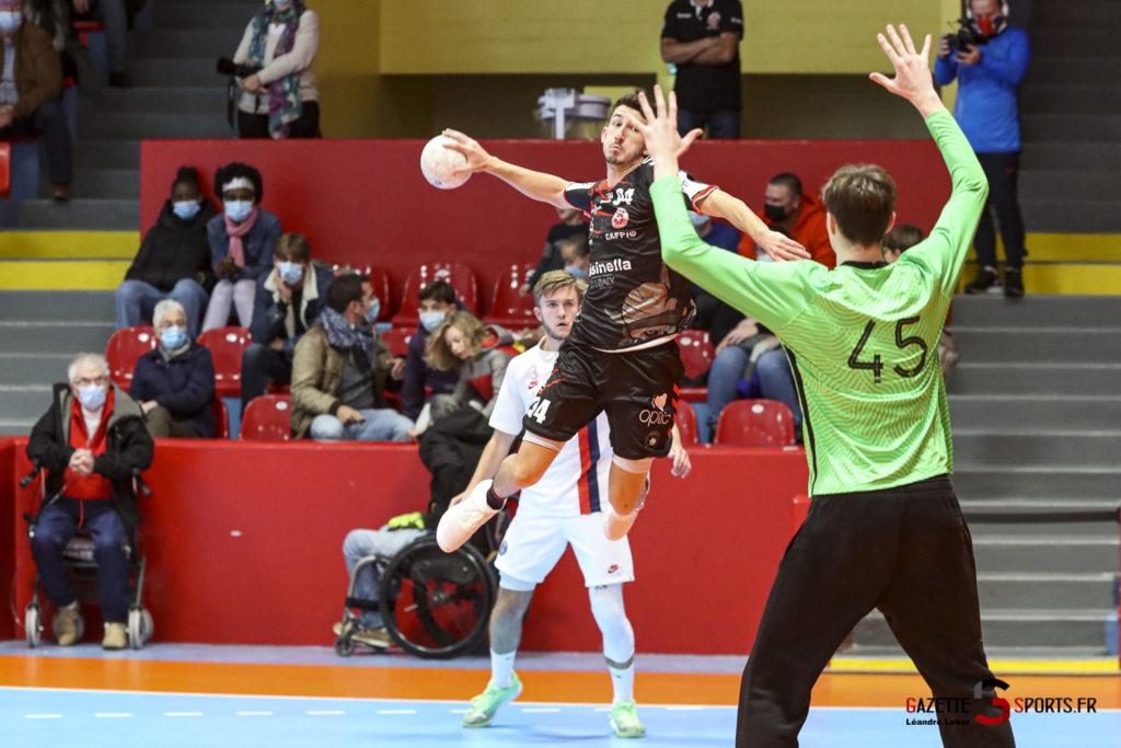 Handball Amiens Aph Vs Psg B 0026 Leandre Leber Gazettesports