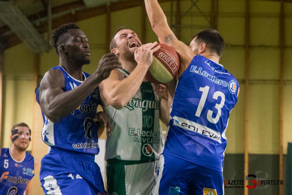 Basketball Esclams Vs Fougeres Reynald Valleron 44