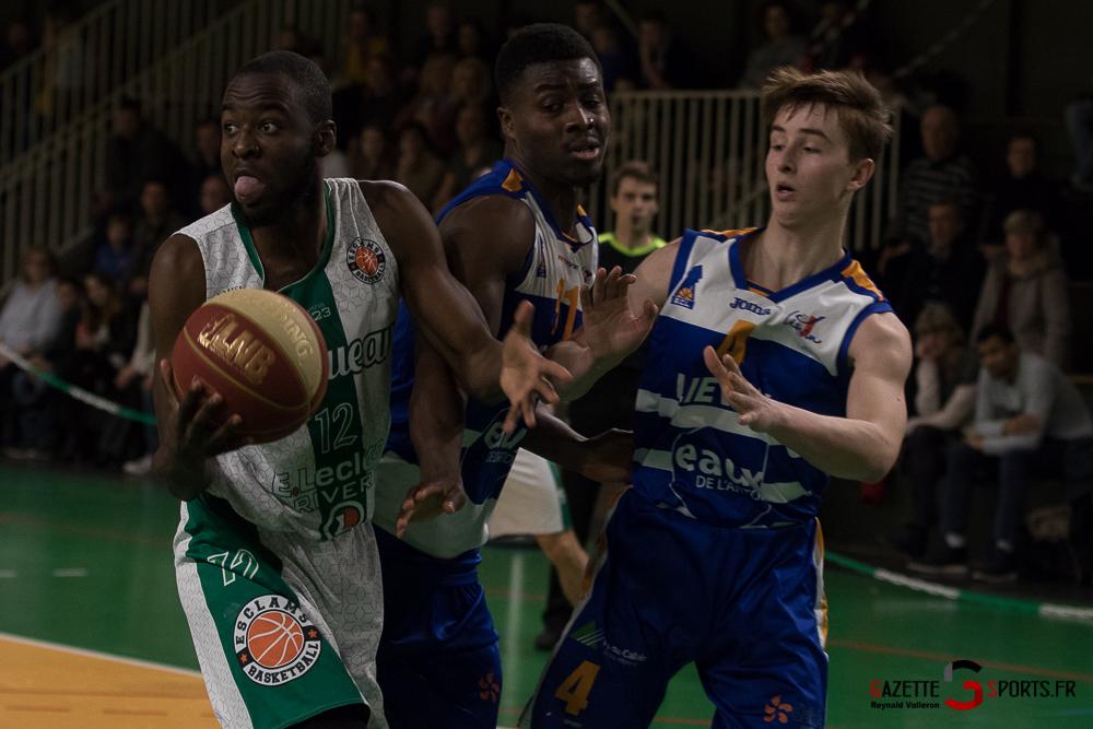 Basketball Esclamsbb Vs Lievin Reynald Valleron 34