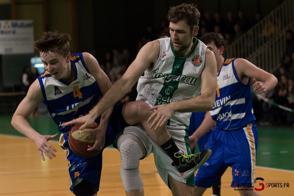 Basketball Esclamsbb Vs Lievin Reynald Valleron 37