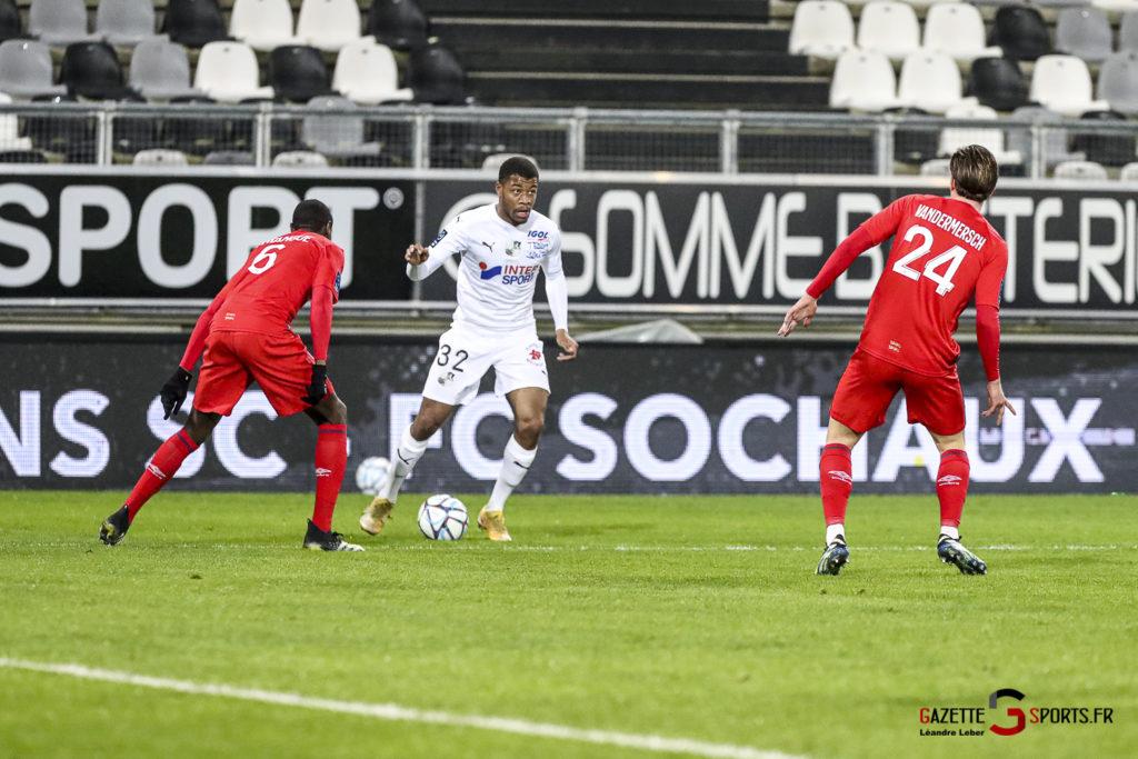 Football Ligue 2 Amiens Vs Caen Fev 21 0008 Leandre Leber Gazettesports