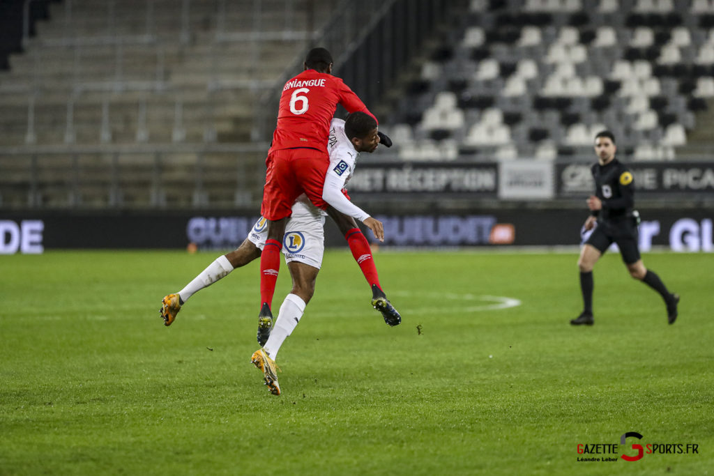 Football Ligue 2 Amiens Vs Caen Fev 21 0010 Leandre Leber Gazettesports