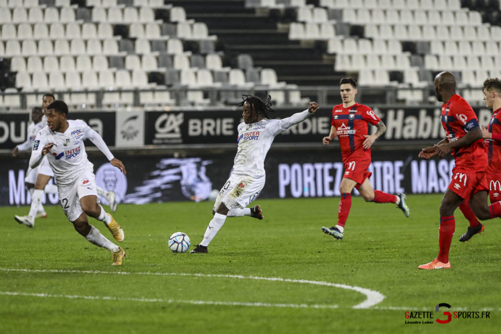 Football Ligue 2 Amiens Vs Caen Fev 21 0023 Leandre Leber Gazettesports