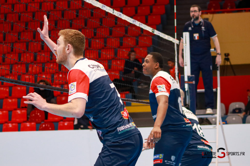 match volley amvb usv (500)