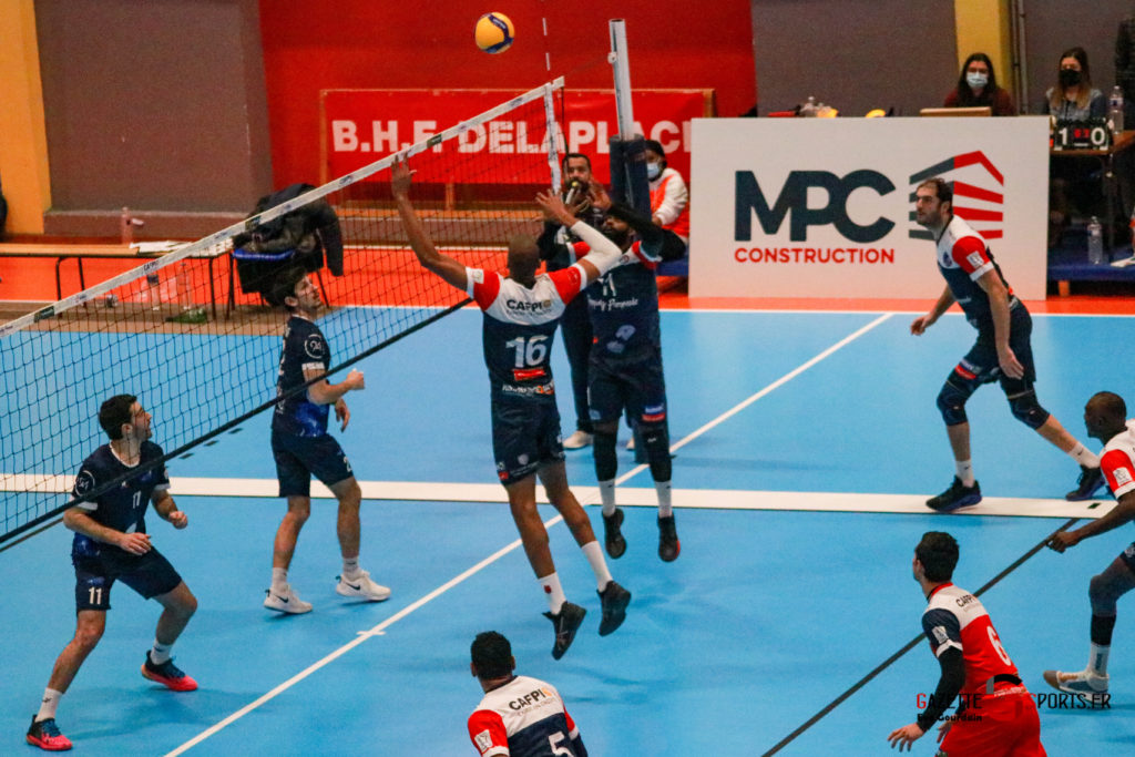 match volley amvb usv (818)
