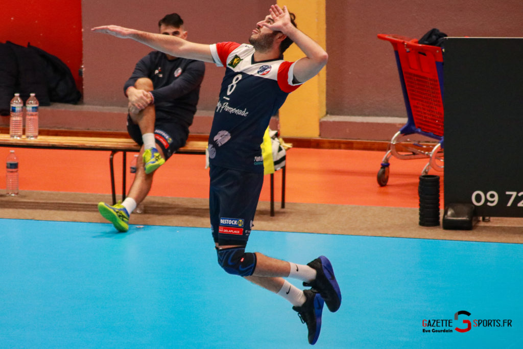 match volley amvb usv (913)