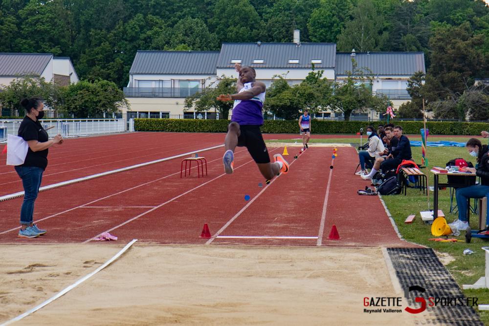 saut en longueur m reynald valleron 5