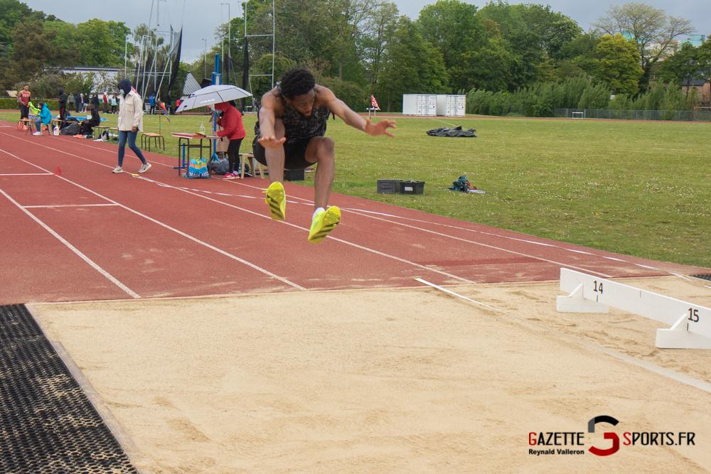 triple sauts m reynald valleron 1