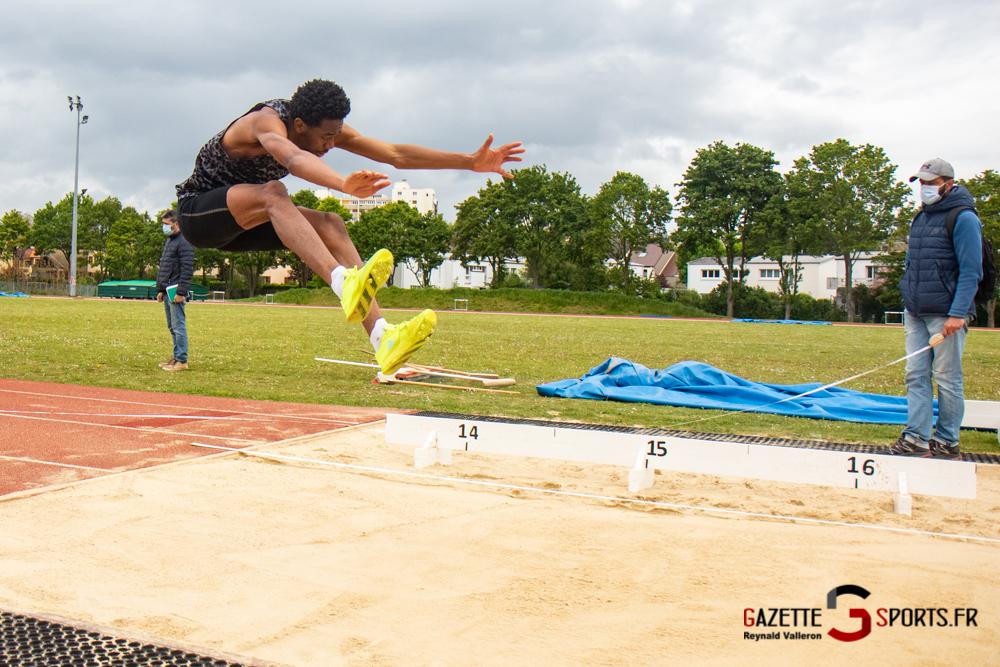 triple sauts m reynald valleron 10