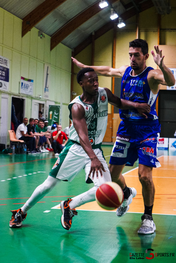 basketeball esclams elieleber gazettesports 11 09 2021 01918