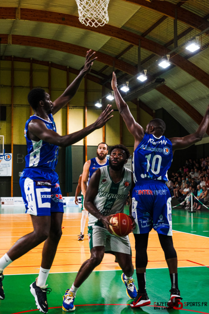 basketeball esclams elieleber gazettesports 11 09 2021 02048