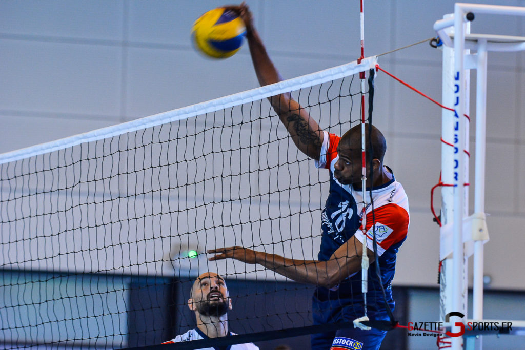 volleyball amvb tournoi kevin devigne gazettesports 8